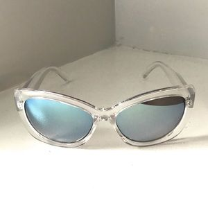 Clear Cat-eye mirrored sunglasses